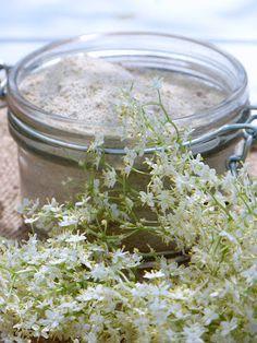 Sucre de fleurs de sureau Infused Sugar, Food Club, Elderflower, Edible Flowers, Food Truck, How To Dry Basil, Food Videos, Sweet Recipes, Planting Flowers