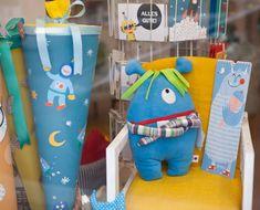 DIE BUNTIQUE - handmade concept store in Wien Dinosaur Stuffed Animal, Baby, Concept, Toys, Handmade, Animals, Handmade Toys, Beginning Of School, Activity Toys