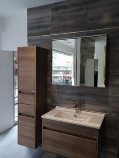 #blast #vitra #banyo Bathroom Design Luxury, Modern Bathroom Decor, Bathroom Design Small, Bathroom Furniture, Kitchen Drawer Organization, Bathroom Storage, Bathroom Basin Units, Vitra Bathrooms, Mini Bad