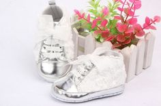 NEW Lace Baby Shoes