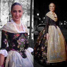 Fantasy Costumes, Folk Costume, Cosplay Outfits, Historical Costume, Costume Design, Sequin Skirt, Dress Up, Sari, Wedding Dresses