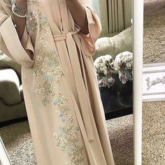 Luxury caftan available whatsaap order Price. Muslim Women Fashion, Modern Hijab Fashion, Arab Fashion, Islamic Fashion, Modest Fashion, Fashion Dresses, Mode Abaya, Mode Hijab, Mexican Fashion