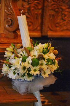 Florile Tominei: Botezul lui Tudor Fiecare ve. New Hobbies, Tudor, Table Decorations, Furniture, Home Decor, Interior Design, Home Interior Design, Arredamento, Dinner Table Decorations