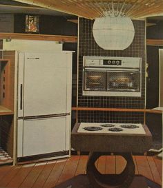 1964 1965 New York Worlds Fair FUTURAMA KITCHEN.  SWEET.