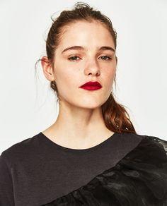 Image 4 of RUFFLED ORGANZA T-SHIRT from Zara