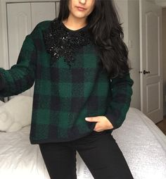 Shabana De La Rosa sur Instagram : «Sweater Weather @denis_gagnon #DenisGagnon #DesignerQuebecois #ootd #ootn #outfit #outfitoftheday #style #fashion #lookbook #lookoftheday…»