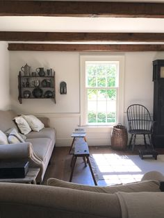 I love the simplicity of this. Could this be primitive farmhouse? I think that would be my style. I'm tired of the dark, cluttered look of primitive but not 100% modern farmhouse. Somewhere in between.