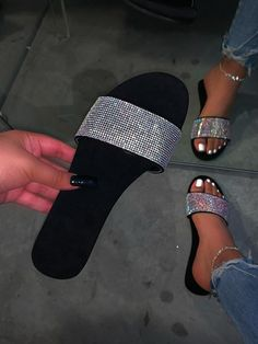 Suede sole Rhinestone detail True to size Fashion Slippers, Fashion Sandals, Sneakers Fashion, Trendy Sandals, Cute Sandals, Fluffy Shoes, Cute Slippers, Shoes Flats Sandals, Fresh Shoes