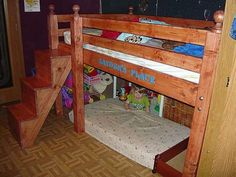 Builders Showcase: Free DIY Furniture Plans: Low Loft Bunk - www.thedesignconfidential.com