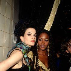 backstage Versace 1992