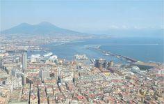 Vue sur Naples depuis la Certosa di San Marina