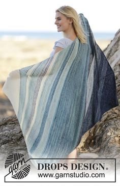 "Beautiful - but a very easy to knit - blanket with stripes in ""Fabel"". New…"