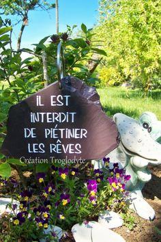 Permaculture, Garden Sculpture, Creations, Gmail, Bio, Outdoor Decor, Handmade, Facebook, Sentences