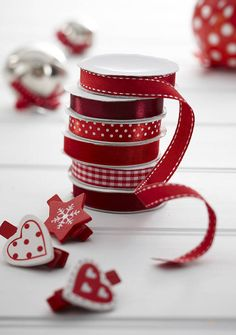 Red/Burgundy Gift Wrap Ribbon - Set Of Six