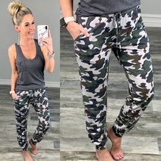 These camo joggers are perfect for lounging or heading out and they have pockets and super cute and have rusted detailing at the bottoms. Cute Comfy Outfits, Mom Outfits, Stylish Outfits, Summer Outfits, Fashion Outfits, Fall Fashion, Camo Joggers, Fashion For Women Over 40, Classic Style Women