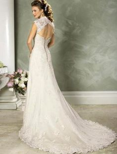 Love the lace on the shoulders