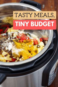 Are you struggling to stay within your grocery budget? Here's how you can build a tasty menu on a teeny tiny budget! Bonus printable included. Dirt Cheap Meals, Cheap Dinners, Inexpensive Meals, Slow Cooker Recipes, Low Carb Recipes, Crockpot Recipes, Vegan Recipes, Cheap Meal Plans, Appetizer Recipes