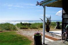 Rockaway Beach Vacation Rental - VRBO 376776 - 2 BR Northern Coast House in OR, Oceanfront Beach Cottage - Rockaway Beach Beach Vacation Rentals, Vacation Resorts, Vacation Spots, Oregon Beaches, Oregon Coast, Myrtle Beach Resorts, Beach Cottages, Beach Houses, Tiny Houses