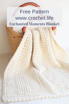Classic DIY blanket pattern by GoldenStrandStudi.life - Enchanted M. - Classic DIY blanket pattern by GoldenStrandStudi… / crochet. Crochet Afghans, Easy Crochet Blanket, Crochet Cable, Afghan Crochet Patterns, Knitting Patterns, Crochet Blankets, Crochet Throw Pattern, Diy Blankets, Baby Afghans