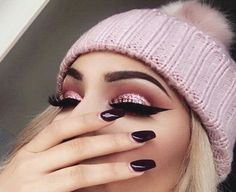 Imagem de makeup, pink, and eyeshadow