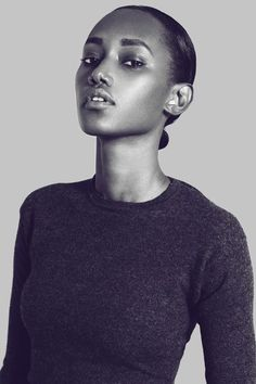 Tomboy simple: crew neck sweater and slick back