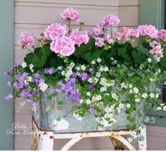 Flower Boxes for Porch Railings . Flower Boxes for Porch Railings . Part Sun Part Shade Window Box Flowers Garden Cottage, Rose Cottage, Cottage Farmhouse, Farmhouse Design, Cottage Porch, Cottage Style, Modern Farmhouse, Farmhouse Style, Porch Garden