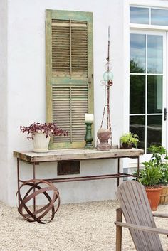 pretty little vignette for outside - for the love of a house