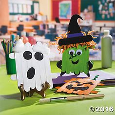 Craft Stick Halloween Character Idea * ad | affiliate link