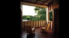 Brisbane architecture firm Owen and Vokes Outdoor Laundry Rooms, Outdoor Rooms, Outdoor Chairs, Outdoor Furniture Sets, Outdoor Decor, Outdoor Ideas, Brisbane Architecture, Architecture Design, Outdoor Mirror