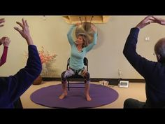 Feel the need to know more about senior stretching strength training? This is the place! Fibromyalgia Exercise, Best Workout Machine, Stretching Exercises, Chair Exercises, Chair Yoga, Yoga Dance, Fitness Workout For Women, Senior Fitness, Dance Class