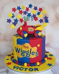 Second Birthday Cakes, Birthday Cake Smash, Boy Birthday Parties, Birthday Celebration, Wiggles Cake, Wiggles Party, Wiggles Birthday, Emma Wiggle, Party Cakes