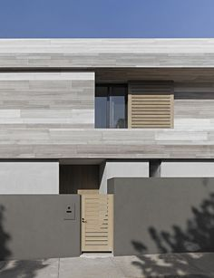 Amazing Contemporary House For Your Life: Gorgeous Two Floor Cassell Street House Entrance Area View Featured With Neat Birch Wooden Gateway. Minimalist Architecture, Architecture Details, Interior Architecture, Installation Architecture, Modern Exterior, Interior And Exterior, Interior Design, Street House, House Entrance