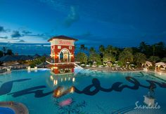 Find romance, luxury, and unbeatable deals at Sandals Grande Antigua, the best all inclusive St. Johns resort for your next Caribbean vacation. St Lucia All Inclusive, St Lucia Resorts, All Inclusive Vacations, Caribbean Vacations, Dream Vacations, Caribbean Beach Resort, Beach Resorts, Hotels And Resorts, Las Vegas Vacation