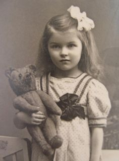 +~+~ Antique Photograph ~+~+   Girl and her teddy.