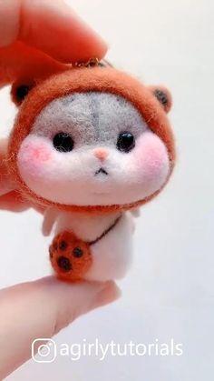 20 Pretty Doll Diy Ideas and Crafts Part 12 – Monkey Stuffed Animal Diy Resin Crafts, Etsy Crafts, Felt Crafts, Needle Felting Supplies, Needle Felting Tutorials, Cute Polymer Clay, Felt Animals, Needle Felted Animals, Pretty Dolls