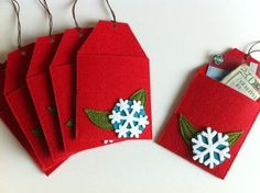 Christmas Tree Gift Card Holders Ornament Tags Set by claraiuribe