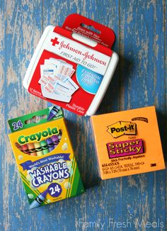 DIY Travel Coloring Case. You could use a reusable sandwich plastic container, too!