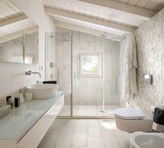 New vintage rustic bathroom decor interior design ideas Rustic Bathroom Decor, Bathroom Interior Design, Decor Interior Design, Modern Bathroom, Interior Decorating, Bathroom Ideas, Attic Bathroom, Master Bathroom, Floor Design