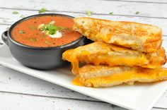 Imagine you're enjoying the very last bite of a grilled cheese sandwich epically enhanced with the heady aroma of truffle oil, when you discover there is still some tomato soup left. Dunk-able basil-spiked soup, just SITTING there. Well, the top minds at Home Chef have a solution - extra grilled cheese! That extra half sandwich per person will carry you though the remaining soup. Our long national nightmare is over - thanks, extra sandwich! Tomato Bisque, Tomato Soup, Grilled Cheese With Tomato, Home Chef, Chef Recipes, Dinner Recipes, Truffle Oil, Meal Delivery Service, Truffles