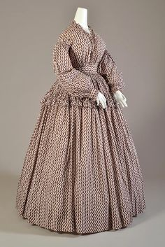 White cotton dress with plum and red zigzag and floral pattern, American, ca. 1860, KSUM 1986.127.1.