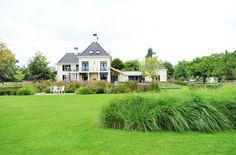 www.hendrikshoveniers.nl Tophoveniers, prairietuin, bloementuin, grassen, gras, grasveld, Villa tuin, prairieborders, exclusieve tuin, tuin architectuur, bloemenmengsel, dierenweide, landelijke villa tuin