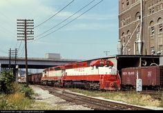 RailPictures.Net Photo: SLSF 946 St. Louis & San Francisco Railroad (Frisco) EMD SD45 at Kansas City, Kansas by Jeremy plant