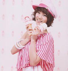 Name: Seungyeon Han Member of: KARA Birthdate: 24.07.1988