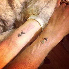 This girl does some seriously awesome stick & poke tattoos