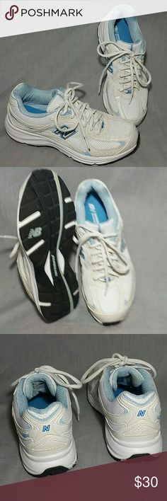 New Balance Shoes White 7 M Lace ups Running Women's New Balance Shoes White Blue Size 7 M Lace ups Running Walking, item is in a good condition. New Balance Shoes Sneakers