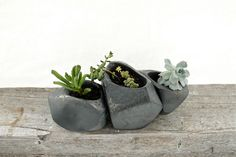 Succulent Rock Trio Planters in Black by LandMstudio on Etsy
