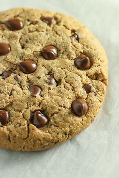 giant vegan chocolate chip cookie #vegan #glutenfree
