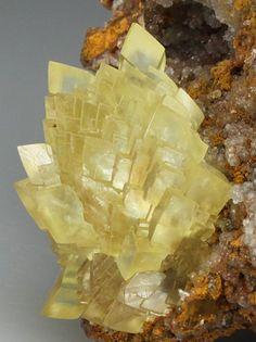 Cadmium SMITHSONITE-SR