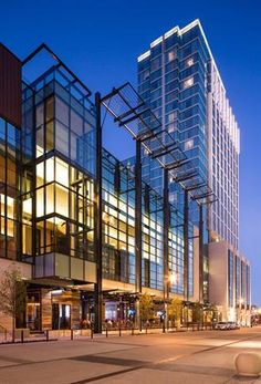 Hotel Deal Checker - Omni Nashville Hotel