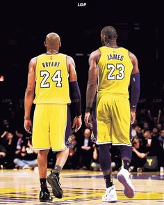 Just imagine Kobe and LeBron actually suiting up for the Lakers at the same time. The team would be must-watch television every night. Updates scores stats & news for all your favorite Thank you Mvp Basketball, Basketball Tricks, Basketball Pictures, Cavs Game, Lebron James Lakers, Lakers Kobe, King Lebron, Cleveland Cavs, Black Mamba